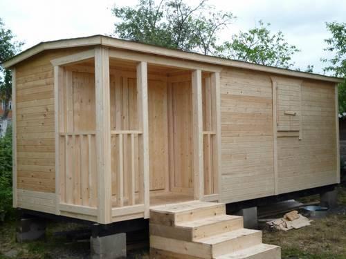 деревянная дачная бытовка