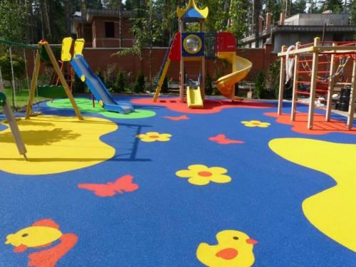 Как делать резиновое покрытие на детские площадки