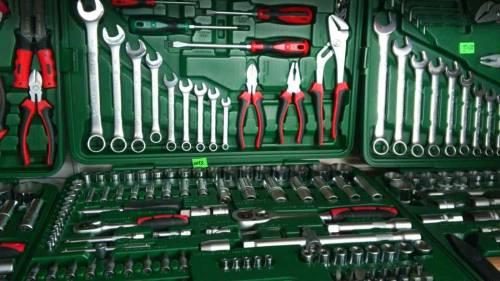 Какой фирмы лучше выбрать набор инструментов для авто