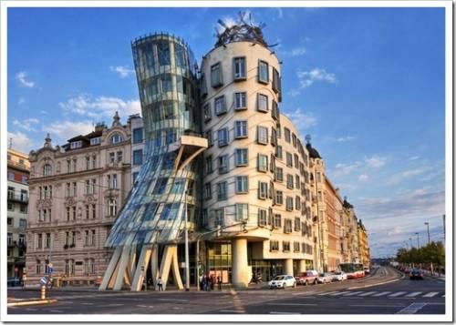 Правый берег: новый Париж, а также собор из человеческих костей