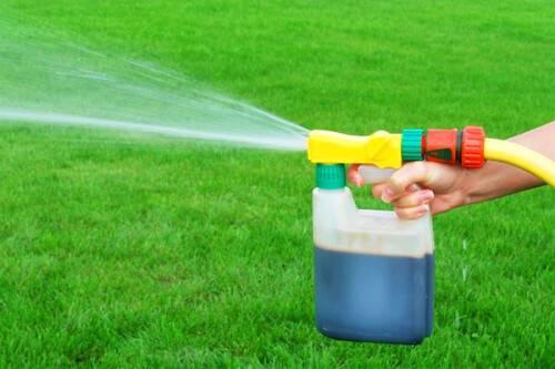 Жидкое удобрение для газона