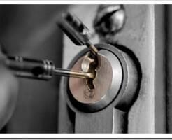 Как делается аварийное вскрытие дверей в квартиру, если потерял ключи