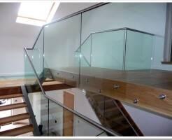 Технология монтажа стеклянных ограждений для лестниц