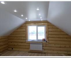 Какие натяжные потолки выбрать в загородный дом?