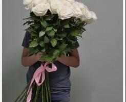 Как составить красивый букет из крупных роз 100 см